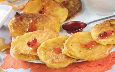 Macronutrient Rich Pumpkin Spice Pancakes