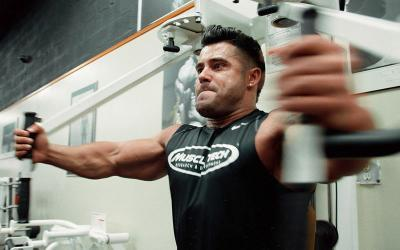 Aesthetic Training Tips | How to Build a Shredded Chest