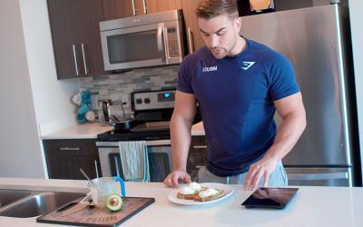 What Physique Pros Eat For Breakfast w/ Ryan Terry