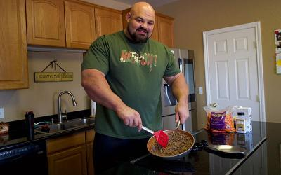 What Brian Shaw Eats for Lunch: Cooking Bison w/ 4x World's Strongest Man
