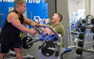 Jay Cutler Trains 2016 Contest Winner at Muscle & Strength HQ