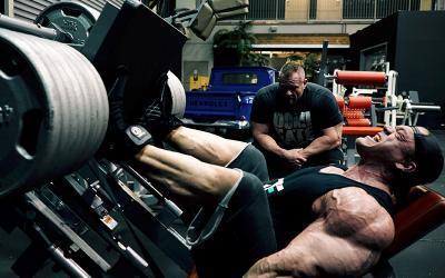 Dallas McCarver's Heavy Leg Workout for 2017 Arnold Prep