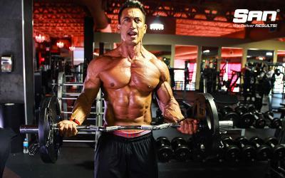 Diego Sebastian's Arms & Abs Superset Workout