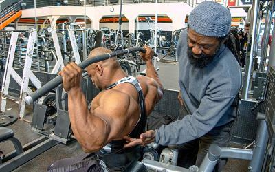 Back Workout: Charles Glass Trains Errol Moore at The Mecca
