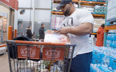 Grocery Shopping with Pro Bodybuilders with Fouad Abiad