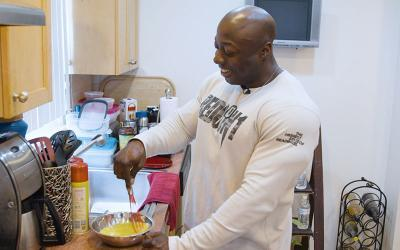 What Pro Bodybuilders Eat for Breakfast w/ George Peterson