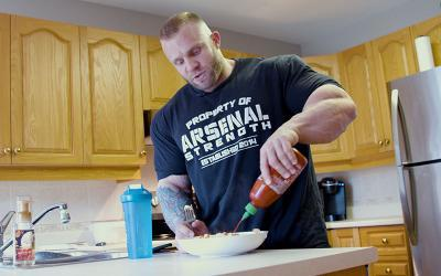 [Video] What Bodybuilders Eat for Breakfast w/ Iain Valliere