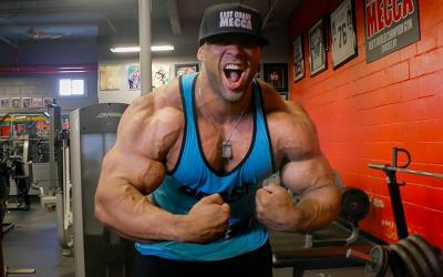 Juan Morel's Superset Chest Workout at the East Coast Mecca