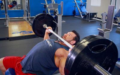 Build a Big Chest: 3 Easy Tips to Maximize Incline Bench Press