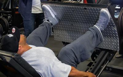 300lb Bodybuilder Juan Morel's Mixed Volume Leg Workout
