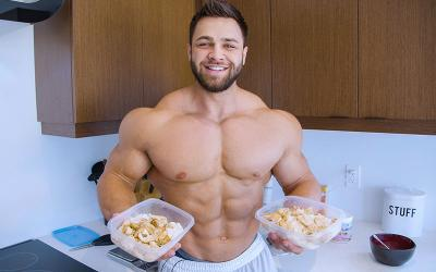 [Video] Full Day of Eating on Prep w/ Regan Grimes