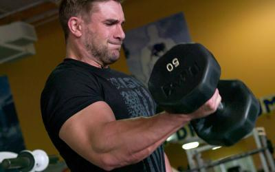 Sleeve-Bursting Arm Pump Workout w/ Ryan Terry