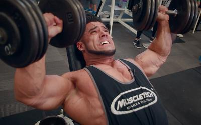 Squeeze Method For Building A Big Defined Chest