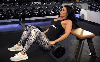 Amanda Latona's Top 3 Exercises For Glute Isolation