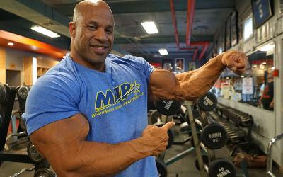 [Video] 3 Big Forearm Building Exercises w/ Victor Martinez