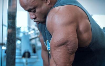 [Video] How to Build Big & Thick Triceps w/ Victor Martinez