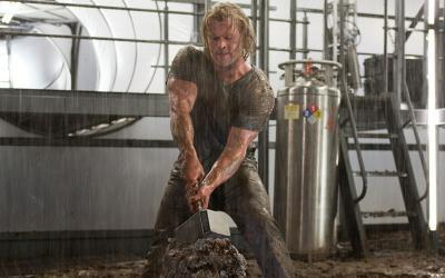 Chris Hemsworth Inspired Workout Program: Train Like Thor