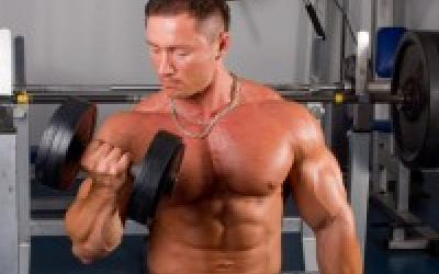 Scrutiny's Low Volume High Intensity Workout For Mass And Strength