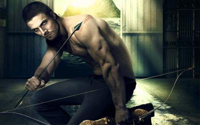 Stephen Amell's Arrow Workout: Strength & Functional Training