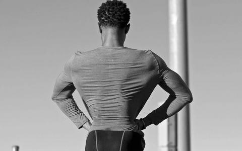 3 Back Exercises to Transform Air Lats into a V-Taper (Plus Sample Workout)