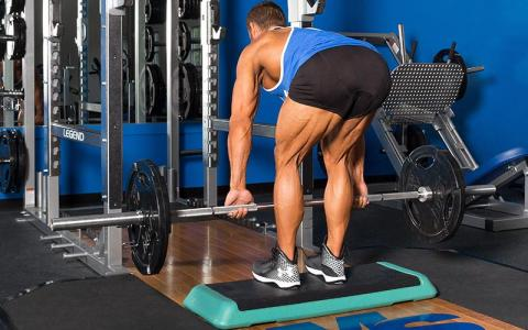 5 Romanian Deadlift Cues to Shift Tension from Your Back to Your Lower Body