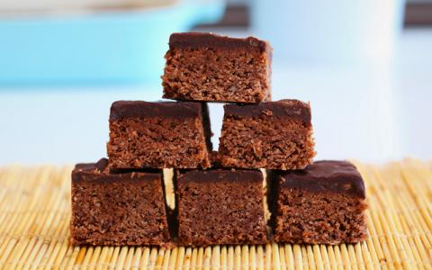 Chocolate And Peanut Butter Protein Bars Recipe