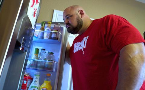 What Strongmen Eat for Breakfast w/ Brian Shaw