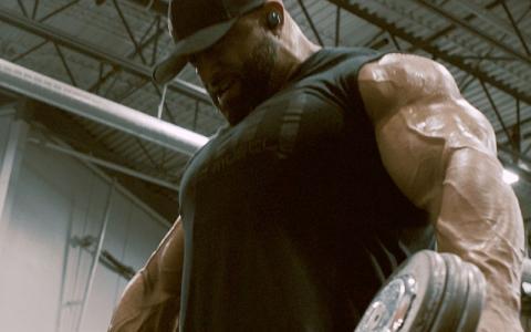 "Build ""Hoss"" Shoulders w/ Fouad Abiad's Shoulder Workout"